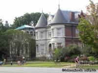 Lafayette Square Neighborhood