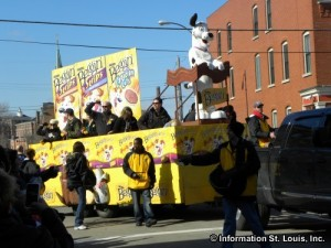 Mardi Gras - Beggin   Barkus Parade