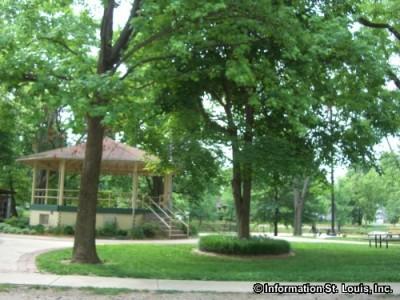 Leclaire Park