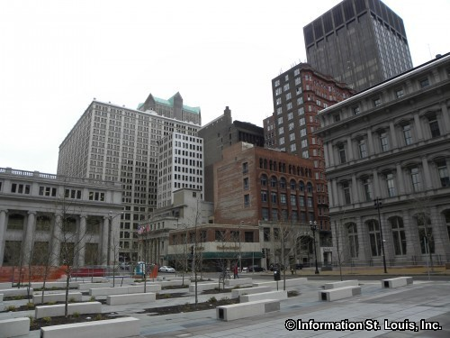 Downtown St Louis at the Old Post Office Plaza