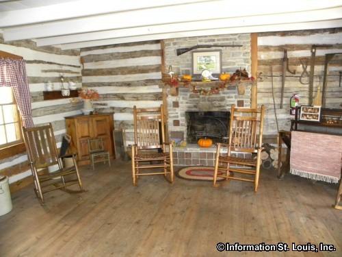 Yanda Log Cabin